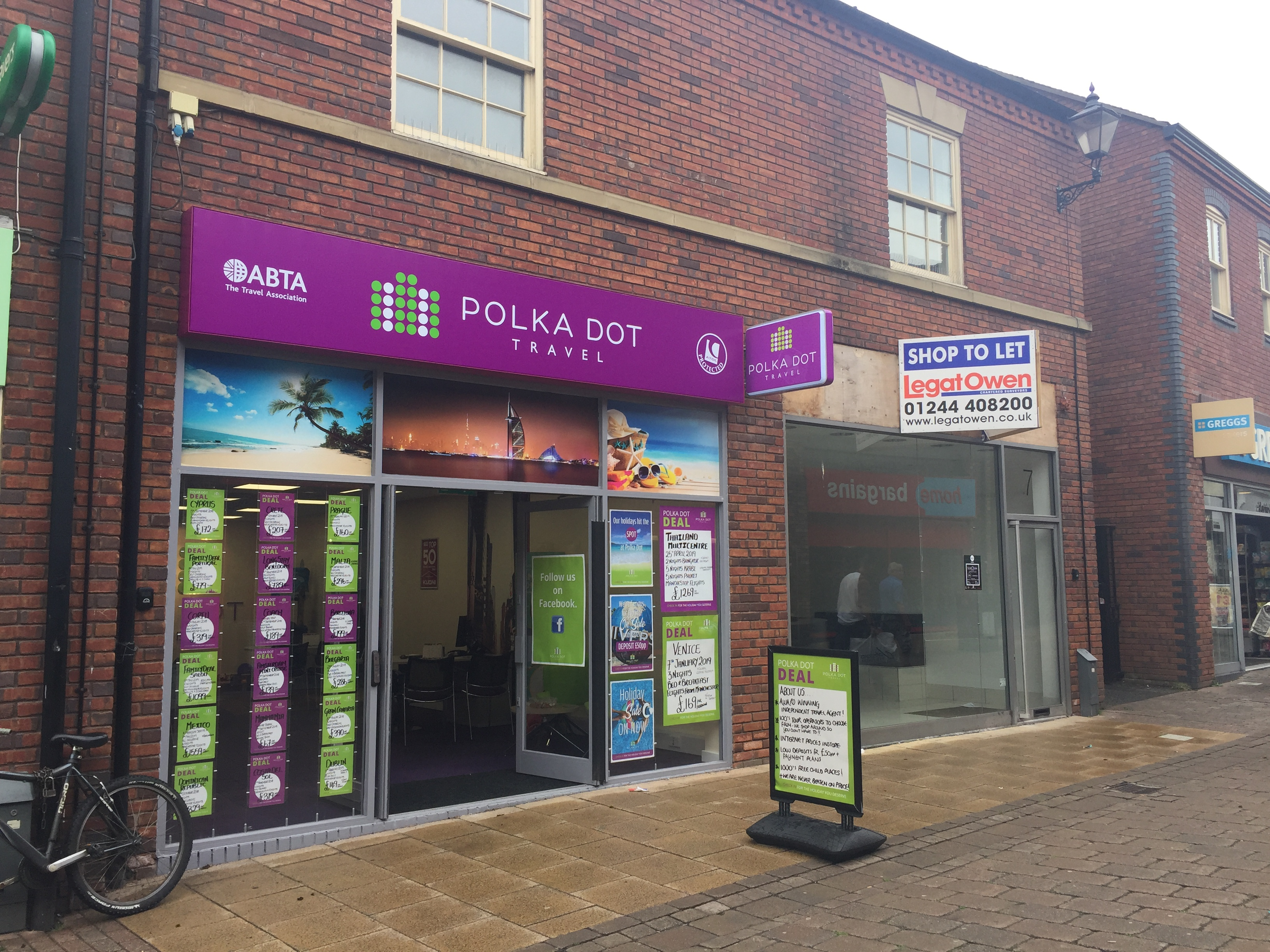 99d8015bdc4a3 Newcastle-Under-Lyme Welcomes Polka Dot Travel To Castle Walk ...